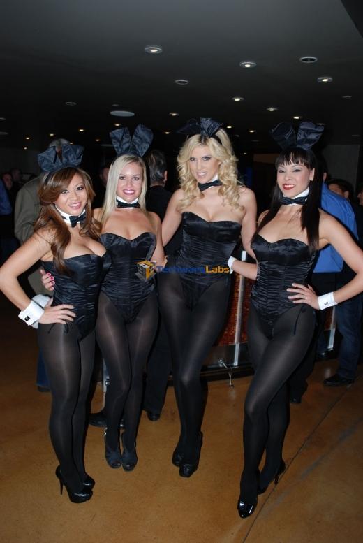 Фотографии девушек плейбоя одетые фото 641-526