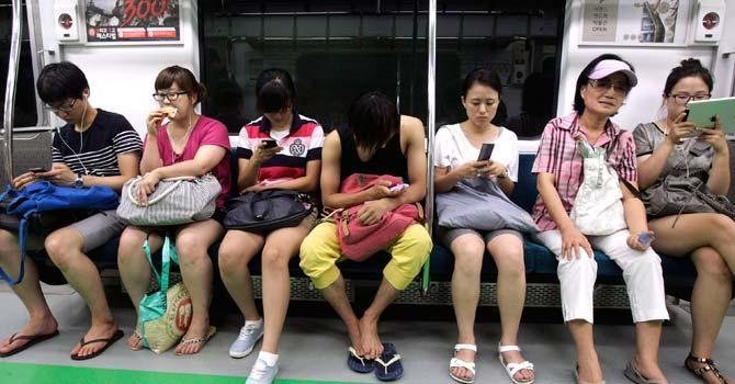 Введения запрета на мини-юбки в южной корее