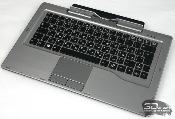 Клавиатура Fujitsu Stylistic Q702, вид в три четверти