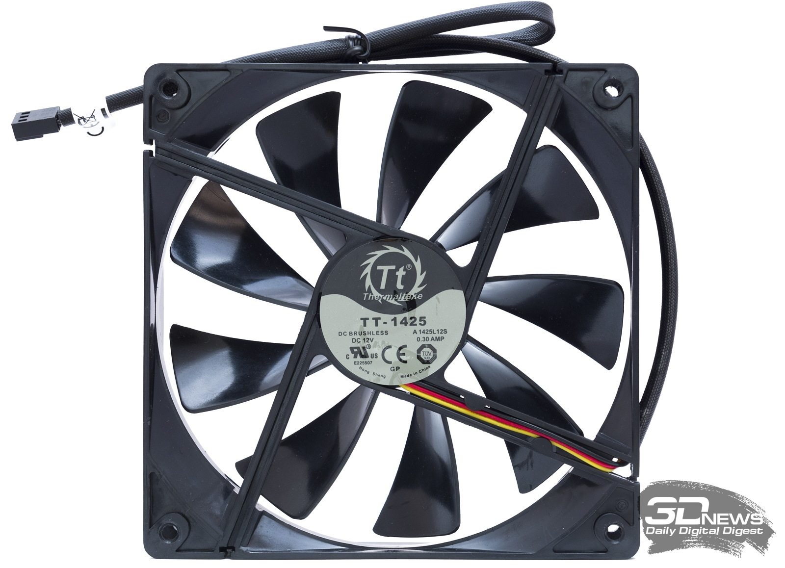 Thermaltake TT-1425 A1425L12S Case Fan. Thermaltake meets the current and  future demands of high-performance, power embedded computing, making it  ideal for ...