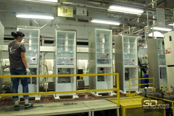 Конвейер сборки холодильников где купить транспортер на проезд по платной дороге