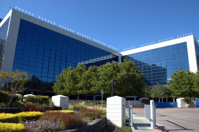 Компьютерное изображение проекта по размещению ветрогенераторов на здании Intel (Intel)