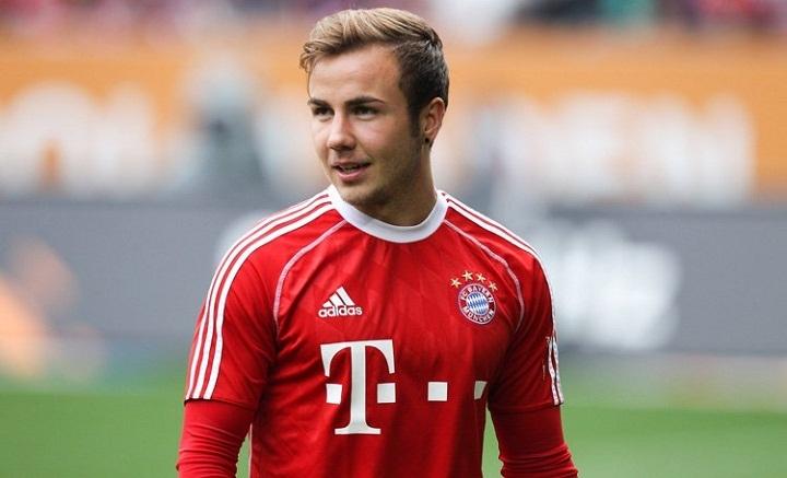 Футболист на немецкий