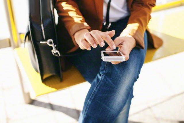 """В Москве заработала система оплаты проезда в транспорте при помощи смартфона"""""""