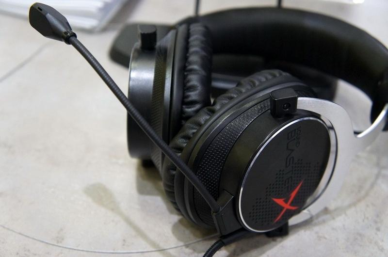 Sound BlasterX H5 с подключённым микрофоном