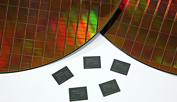Микросхемы памяти LPDDR3 производства SK Hynix