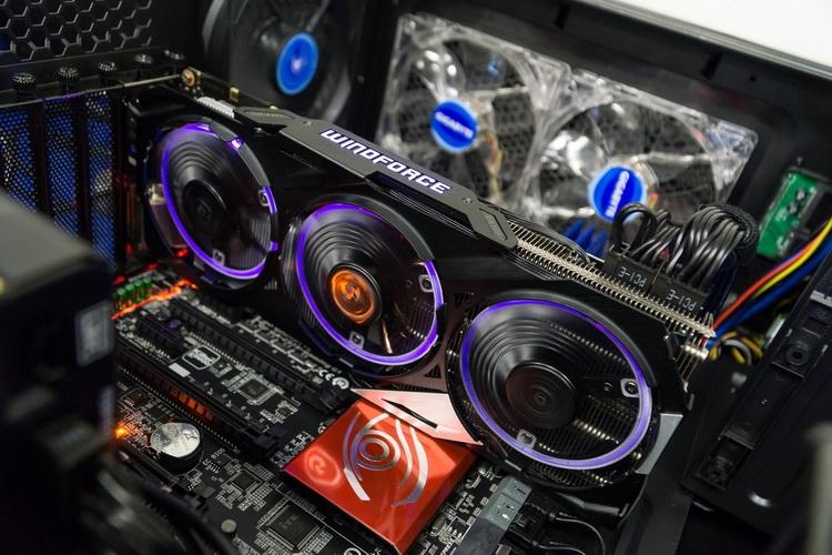 Подсветка в WindForce 3X может менять цвет