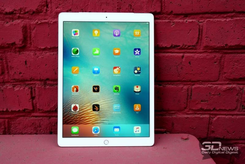 Apple iPad Pro, лицевая панель: над экраном — фронтальная камера, под экраном – кнопка Home