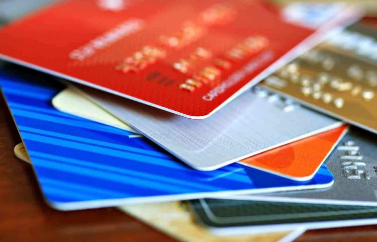 Банки выпустили первые карты платёжной системы «Мир»