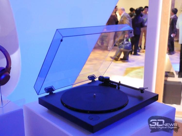 CES 2016: Sony PS-HX500 — виниловый проигрыватель с USB-портом
