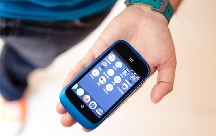 телефон с интернетом дешёвый цена классы Первый