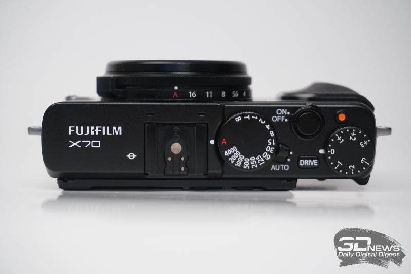 Fujifilm X70, верхняя панель