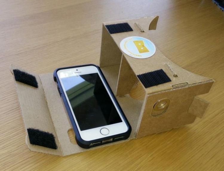 В YouTube для iOS появилась поддержка Google Cardboard