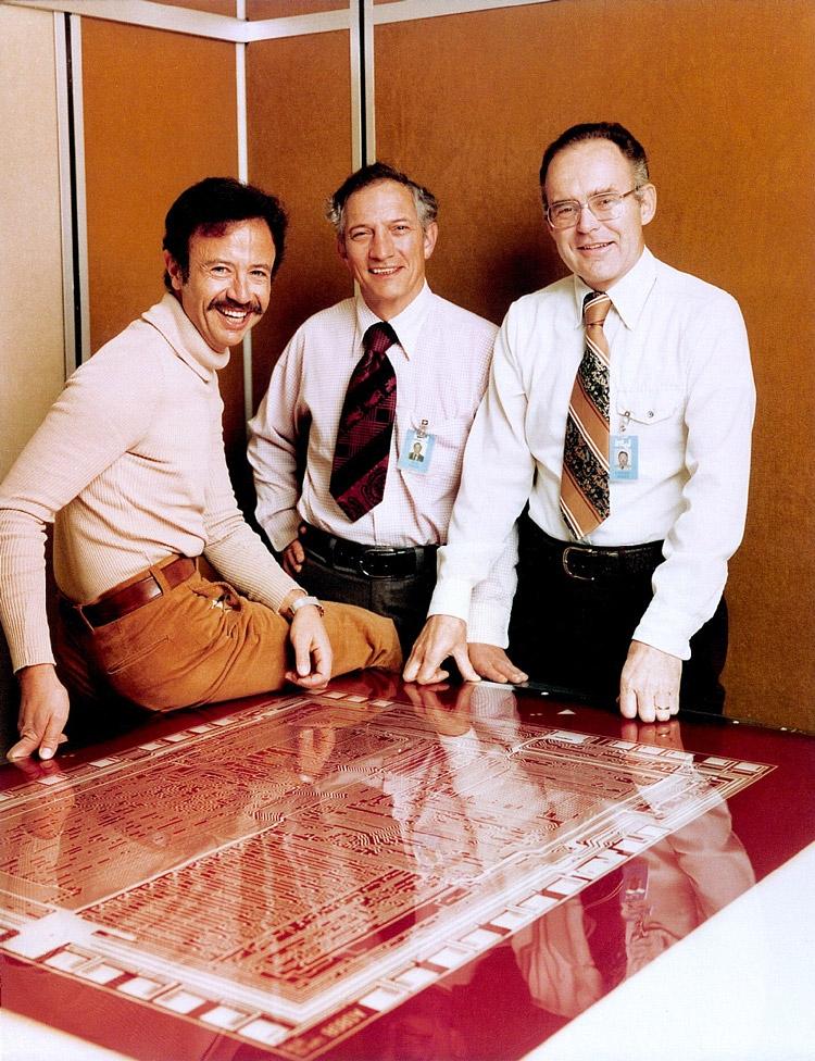 Слева направо: Энди Гроув, Роберт Нойс и Гордон Мур, фото 1978 г.