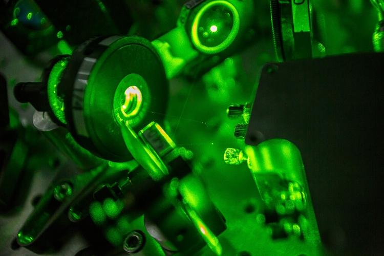 Картинки по запросу твердотельный лазер с диодной накачкой