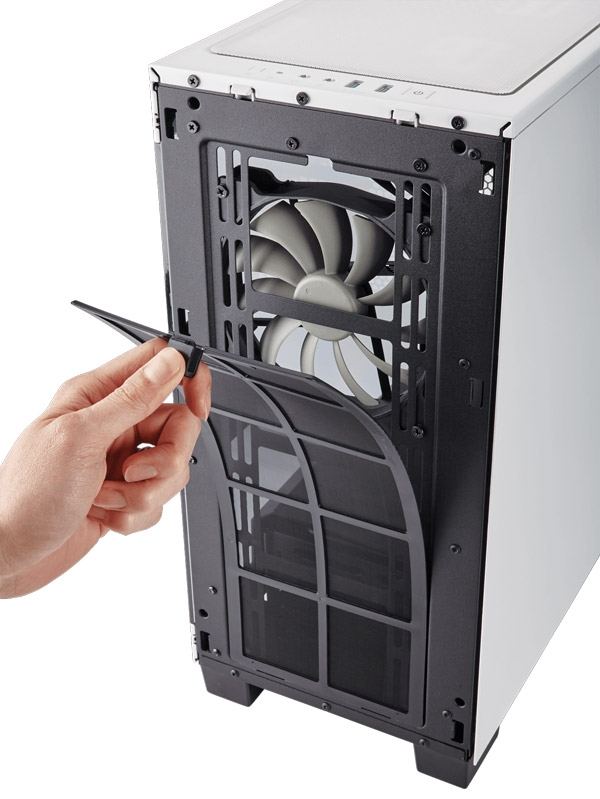 Фронтальный и верхний пылевые фильтры легко снять и очистить