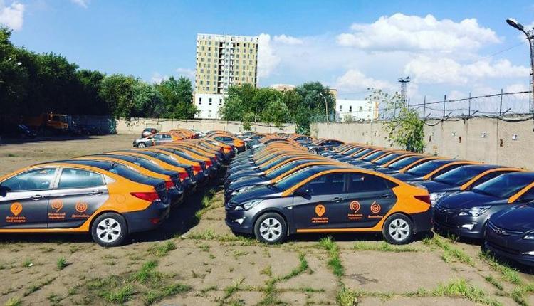 «Делимобиль»/»ВКонтакте»