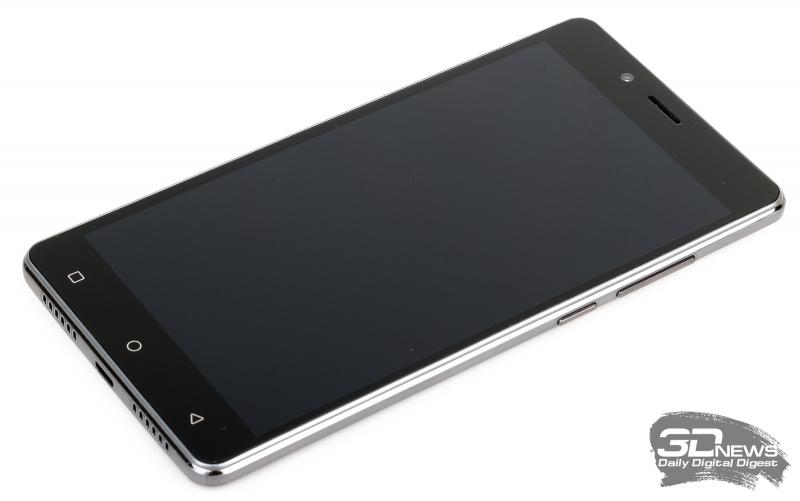 Digma VOX S502F 3G – лицевая панель