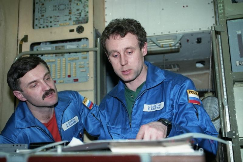 Последняя – 28-я – экспедиция на «Мир» в составе космонавтов Сергея Залётина и Александра Калери была организована компанией MirCorp. Фото с сайта
