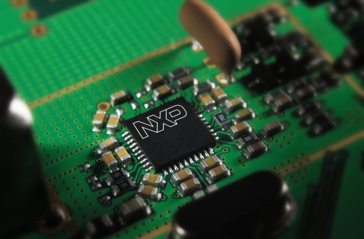 Микросхема NXP