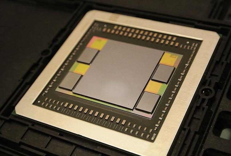 Графический чип Fiji с памятью HBM2
