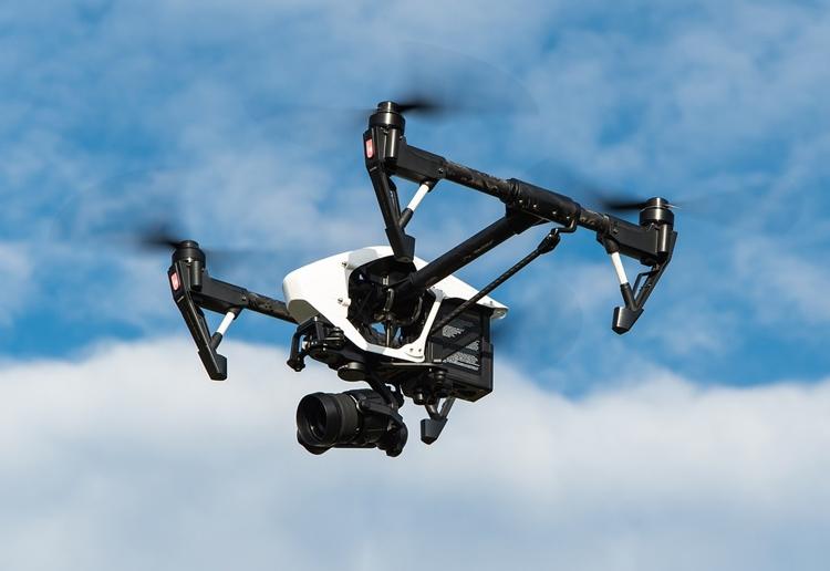 Квадрокоптеры активно применяются для фото- и видеосъёмки с высоты
