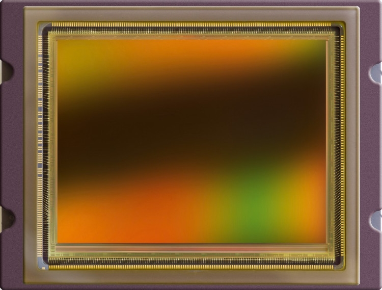 Изображение нового сенсора CMOSIS CMV50000