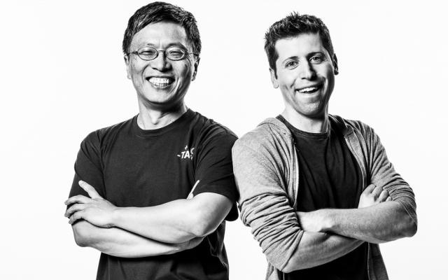 Исполнительный вице-президент Microsoft AI and Research Group Гарри Шам (Harry Shum) и сопредседатель OpenAI Сэм Альтман (Sam Altman)