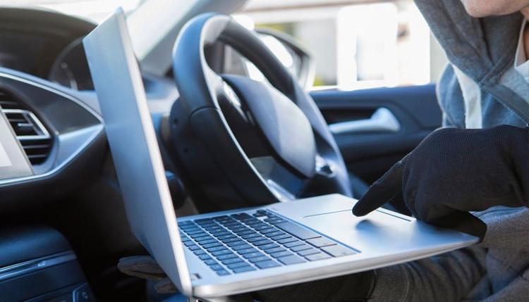 Атака на электронику электромобилей - любимая тема современных хакеров