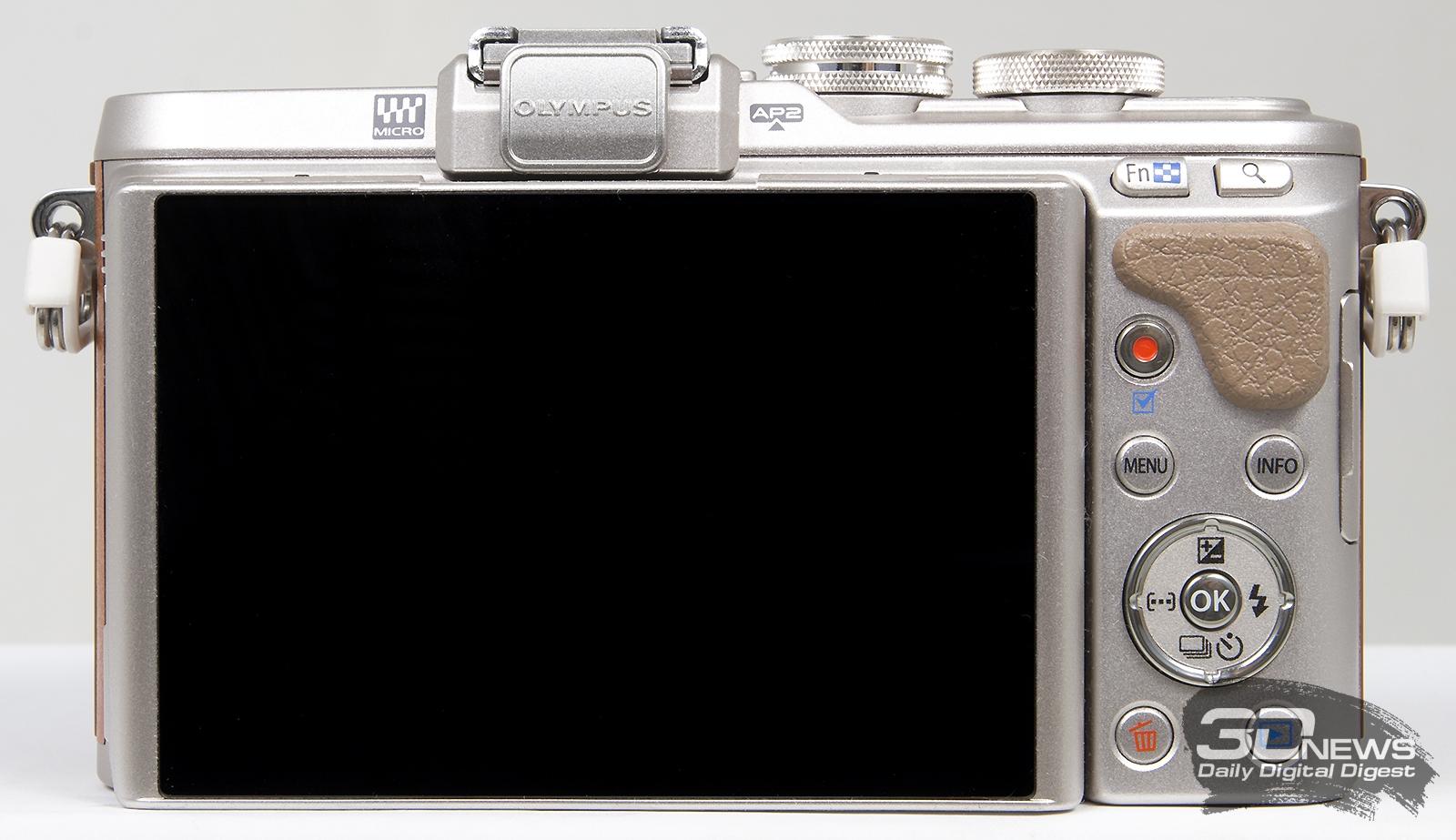 Обзор беззеркальной фотокамеры Olympus E-PL8: фейслифтинг