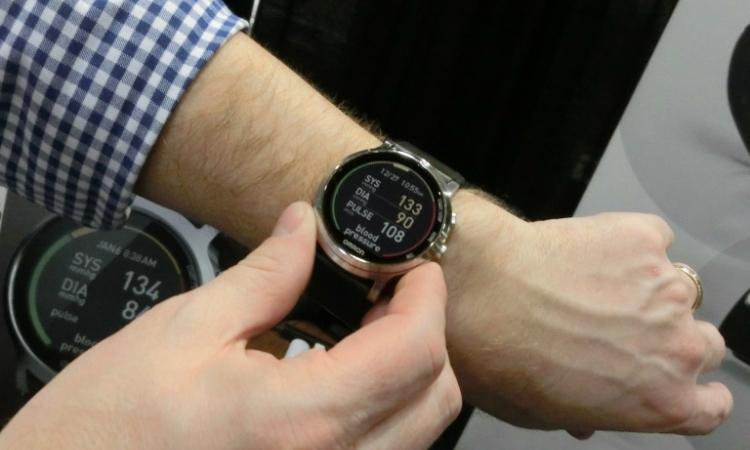 Omron Project Zero 2.0: смарт-часы, измеряющие кровяное давление и сердечный ритм