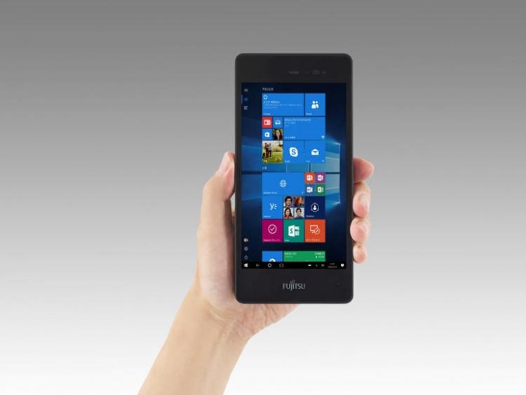 Fujitsu готовит к релизу карманный планшет Arrows Tab V567/P и обновлённый неттоп Esprimo Q956/MRE