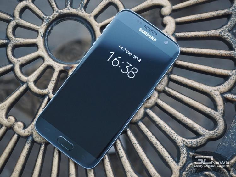 Samsung назвала количество проданных в IV квартале смартфонов