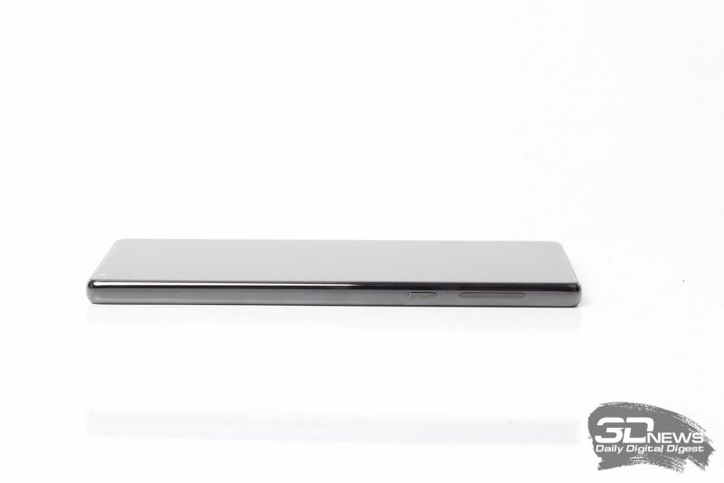 Xiaomi Mi MIX, правая грань: клавиши включения и регулировки громкости/спуска затвора фотокамеры