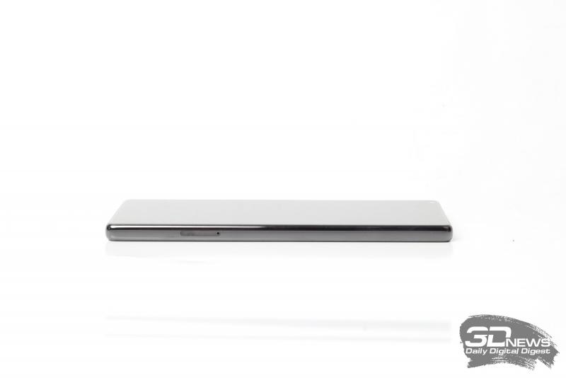 Xiaomi Mi MIX, левая грань: слот для SIM-карт