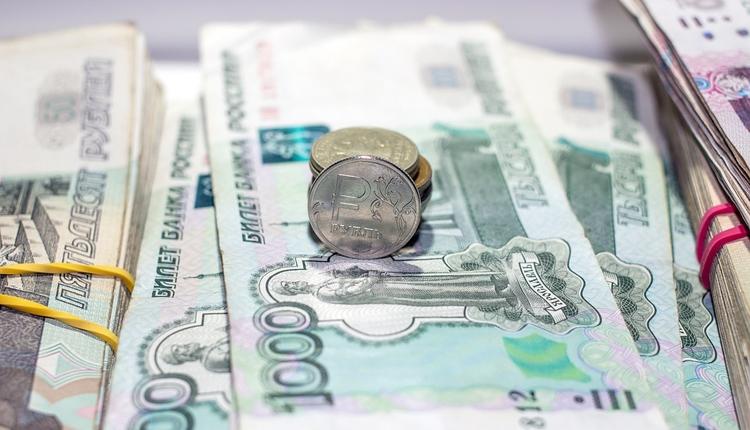 """В России могут ограничить оплату крупных покупок наличными"""""""