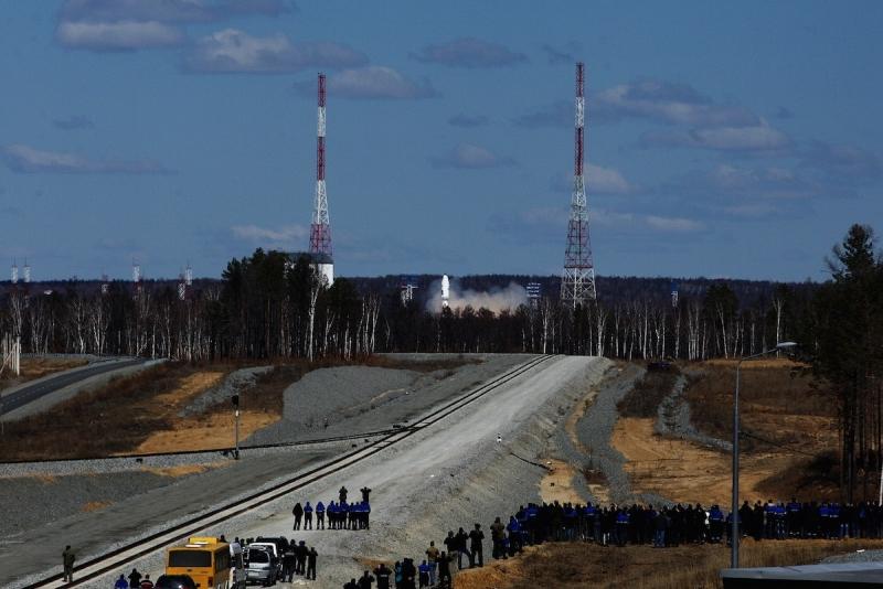 При пусках ракет с континентальных космодромов посадка многоразовой ступени в пересечённой местности неприемлема