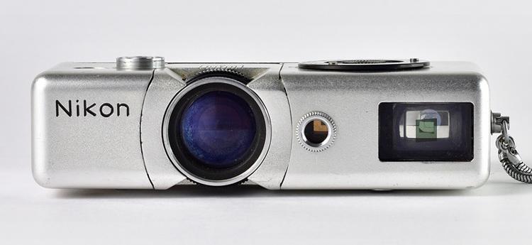 Прототип 16-мм камеры Nikon (1957 год)