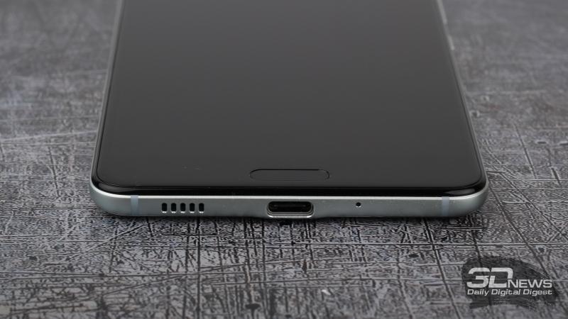 HTC U Ultra, нижняя грань: разъем USB Type-C, динамик и четвертый (разговорный) микрофон