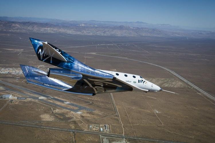 Virgin Galactic успешно провела важные испытания туристического космического корабля