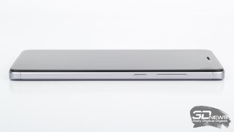 Xiaomi Redmi Note 4X, правая грань: клавиши включения и регулировки громкости/спуска затвора камеры