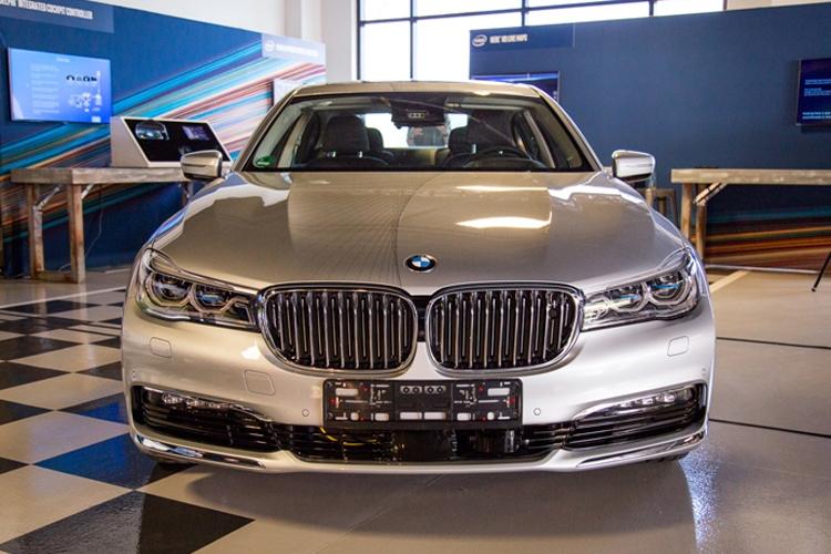 Delphi подключилась к проекту BMW, Intel и Mobileye по созданию робомобилей