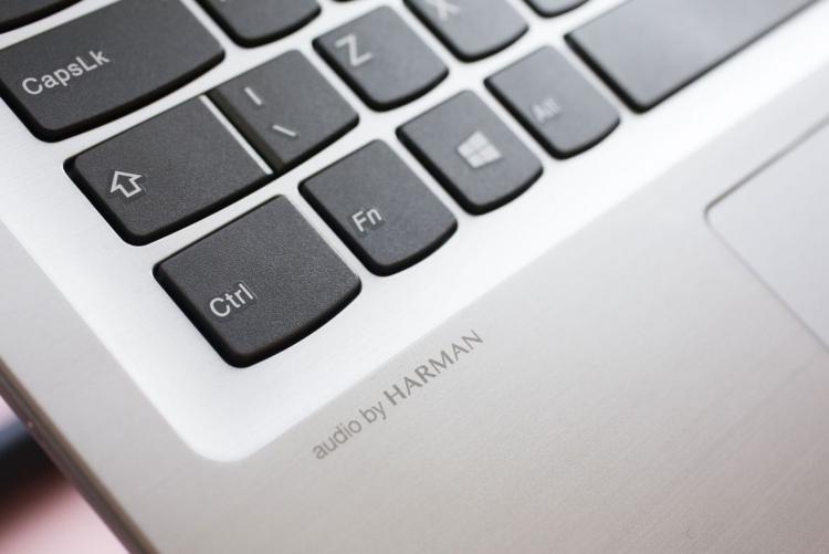 Lenovo анонсировала лэптопы IdeaPad 320, 320S и 720S с начальным ценником от $440 до $970