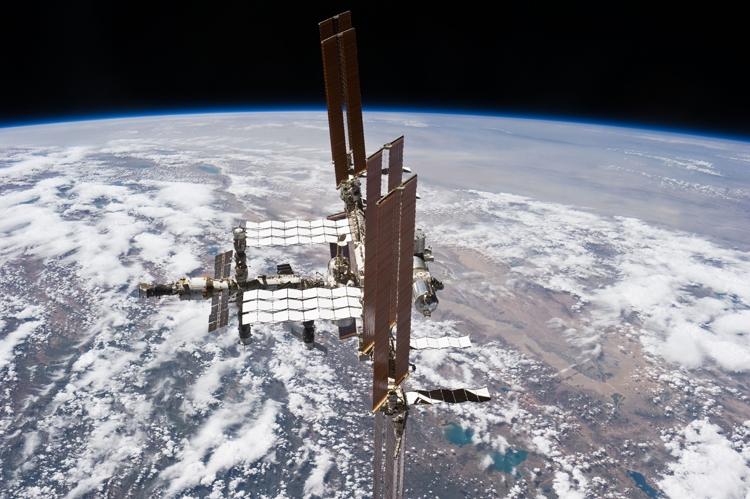 Из-за неполадок экипаж МКС совершит внеплановый выход в открытый космос - «Новости сети»