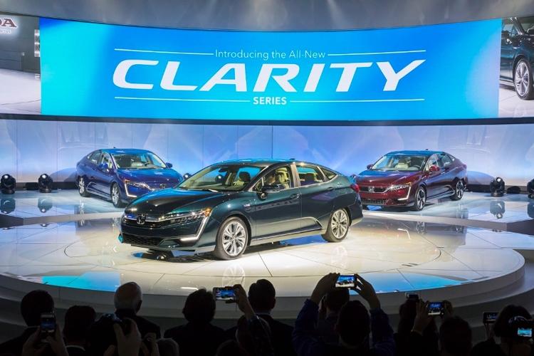 Honda изучает возможность выпуска электрического кроссовера - «Новости сети»