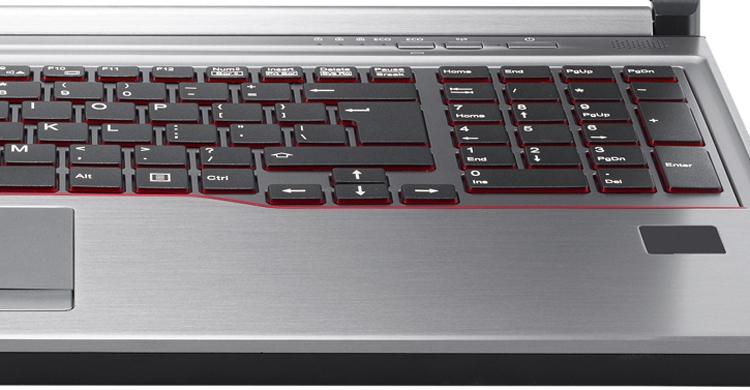 fujitsu2 - Мобильная рабочая станция Fujitsu Celsius H770 оснащается чипом Intel Core или Xeon