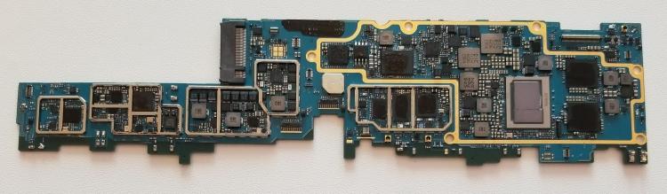 Плата на x86-процессоре, площадь 98,1 см2