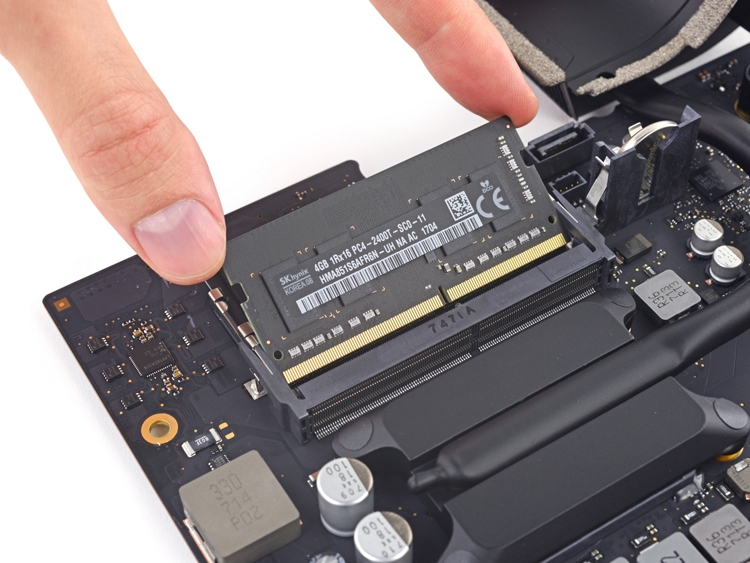 imac4 - Новый iMac с экраном 21,5″ разобран «на винтики»: ремонтопригодность хромает