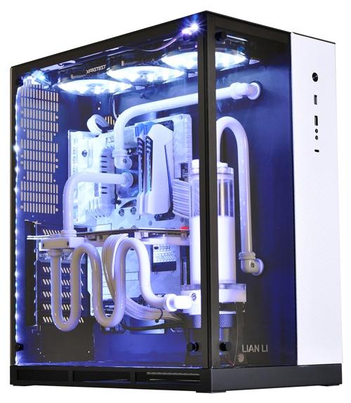 Ещё один вариант расцветки PC-O11 — чёрный, с белой вставкой спереди