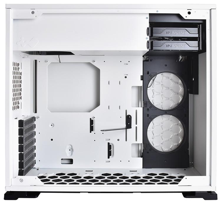 На выбор предлагаются две версии «101-го» — чёрная и белая